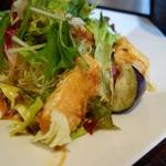 大戸屋 - 鶏むね肉とたっぷり野菜の香辛だれ定食