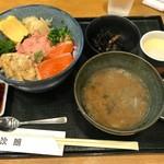 71768825 - 穴子、ネギトロ、サーモン丼