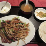 満州香 - レバー韮定食 980円