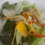 ダイニングカフェ・ボリジ - セットメニューのサラダ