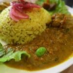 鐵道カフェ&カレー - 南インド風アジのカレー、こちらは温かい方