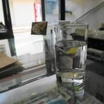 鐵道カフェ&カレー - ソファ席に案内してもらいました