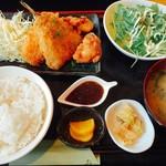 創作ダイニング かしわ - ミックスフライ定食  ¥850-(税込)                                                 (アジフライ・クリームコロッケ・唐揚げ)