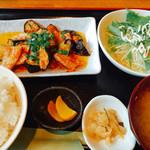 創作ダイニング かしわ - 豚バラとナスの辛みそ炒め定食  ¥850-(税込)