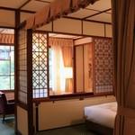 万平ホテル - アルプス館の寝室