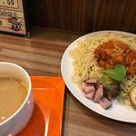麺や まろみ - チリつけ麺 大盛 ¥950