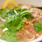 ベトナム食堂 Vina Cafe ・Dalat - 鶏のフォー