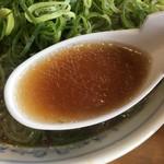 たかばしラーメン - スープ