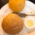 ブラッスリー三幸 - 自家製パン パンプキンと金胡麻