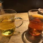 貝料理専門店 貝しぐれ - デザートに合わせて、ホットのジャスミンティーとウーロン茶をいただきました♪器がオシャレ~☆ 2017/07/09