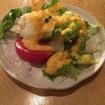 香希 - サラダ   にんじんドレッシングがとても美味しい