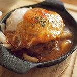 アイリッシュパブ カプリシカ - ハンバーグステーキ