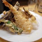 魚三酒場 - 天ぷら盛合わせ