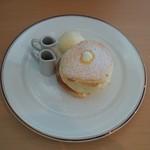 71795830 - アイスメープルパンケーキ1000えん。