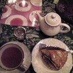 ティーハウス 茶摩 - セカンドフラッシュダージリンとりんごのタルト