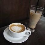 ジンジャーズビーチ - マカダミアラテ と アイス豆乳チョコラテ