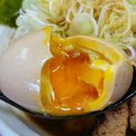 麺処なかがわ - 辛口らーめん+全のせ(味玉アップ)