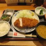 とんかつ 田 - 料理写真:岩中ポーク定食