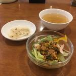 天鳳 - 棒棒鶏サラダ、スープ、お新香