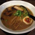 麺屋わっしょい - ギョ豚骨!(850円)