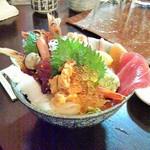 味の匠 大名庵 - 海鮮丼。1980円