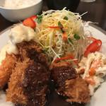 洋食SAEKI - 帆立にミンチカツ♪カニクリームコロッケでーす♪