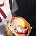 ヒステリックジャム 神戸元町本店 - そのイチゴのアイスも良いねー♪