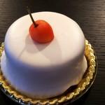 ナシロ - レアチーズ(330円)。