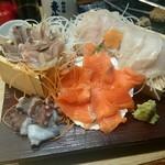 71824824 - あいぜん鮮魚盛り555円