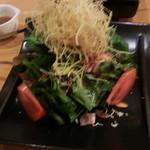 酒菜処 のさ庵 - ほうれん草とジャコのガーリックベーコンサラダ
