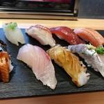71829335 - あじ・地タコ・かんぱち・炙りサーモン・かつお漬け・金目鯛炙り・カワハギ・うなぎ