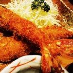 まるは食堂 ラシック店 - まるは定食の大エビフライ