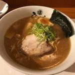 ひるがおEX - 醤油白湯ラーメン830円