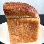 71837210 - 感動的な食パン!!