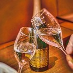カナピナ - ワインとともにタンドール焼きチキンBBQ
