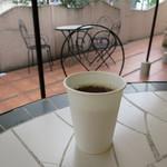 もあ - サービスコーヒー。