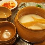 辰家 - マッコリ(韓国式濁り酒)