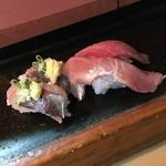 丸八寿司 - 鰯、中トロ