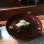 丸八寿司 - 貝汁