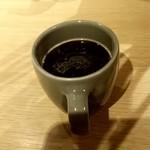 Cafe Apartment 183 - コーヒー…店員が置いたまんまの向きです(>_<)