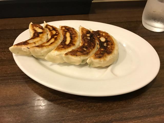 龍味 - 餃子