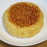 カントリー - 料理写真:カリカリメロンパン140円(内税)。