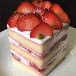 御影 高杉 - 苺のショートケーキ
