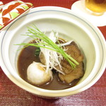 松由 - 牛のネックの味噌煮込み