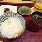 松由 - トウモロコシのご飯・塩昆布・赤出汁
