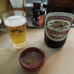 井泉 - 瓶ビールと塩辛のお通し