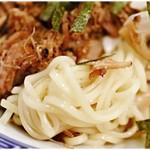 東京らあめんタワー - 細麺と言えども丈夫なコシを持っています。