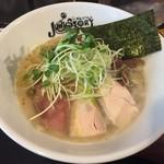 らーめんstyle JUNK STORY - 純白の鶏白湯らーめん(850円)