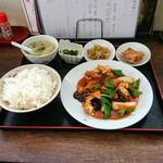 鴻運 - 料理写真:ミニランチ(酢豚)