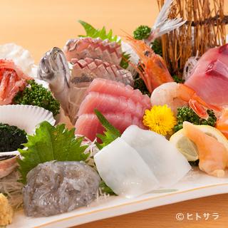 ここだけでしか食べることのできない『近海刺身盛り合わせ定食』
